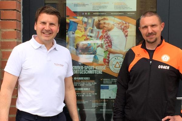 Bernhard Wagner und Stephan Krause beim 1. persönlichen Treffen zur Fußballjugend-Akademie in Berlin